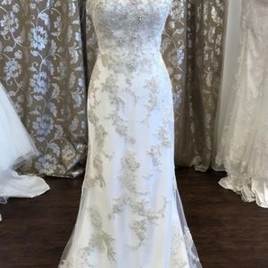 Maggie Sottero Colleen Style Wedding Dress